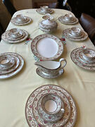 Wedgwood Bone China Avondale Dinner And Tea Set Service For 8 People