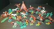 Vintage Plastic Cowboys And Indians Lot Of 40 Figures Year 1974