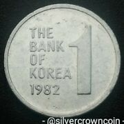 Korea South 1 Won 1982. Km4a. One Dollar Coin. Rose Of Sharon. 1968-1982 Issued