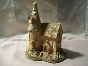 1984 David Winter Cottages The Chapel Hand Made Hand Painted John Hine Studio