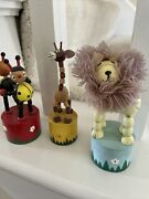 Animals Lot Of 3 Thumb Push Puppetcute Wooden Vintage Toy Bugs/lion/giraffeex