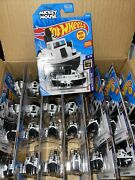 2021 Hot Wheels Disney Steamboat Lot Of 28 Mickey Mouse