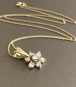 18ct Yellow Gold Diamond Necklace 0.75ct Flower Pendant And Chain Near 1ct