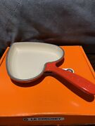 """Le Creuset Heart Skillet """"cerise"""" Red 6 1/3 Cast Iron 12"""" W/ Handle New"""