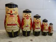 Set Of 5 Russian Nesting Doll Nutcrackers Wooden Soldiers Vintage