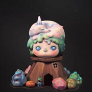 Pucky Tree Girl 2019 Sts Limited 100 Pieces Collectibles Figures