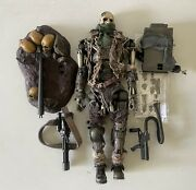 Hot Toys 1/6 Mms104 Terminator T-600 Endoskeleton Weathered Rubber Skin Special