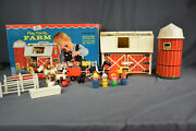 Vinatge Fisher-price Play Family Farm Little People Complete Set Model 915