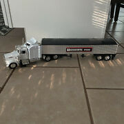 New Ray Kenworth W900 132 Semi Tractor Trailer Truck With Covered Trailer White