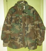 Camouflage Hooded Size L Cold Weather Jacket Us Marines Wore These Type Jackets