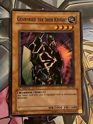 Yu-gi-oh Gearfried The Iron Knight - Psv-101 - Super Rare - 1st Edition - Vlp