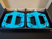 Race Face Chester Platform Mountain Bike Pedals 9/16-turquoise