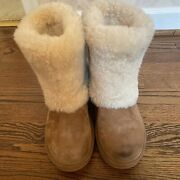 Uggs S/n 1006011 Shearling Chestnut Womens Boots Size Us 8