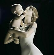 Lladro Mother Baby Child 01008244 Unconditional Love