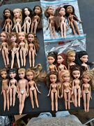 Bratz Doll Lot- 22 Dolls + 70 Pr Of Shoes, Egg Chair, Clothes And Access.