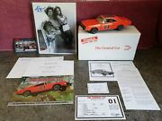 Danbury Mint 1969 Dodge Charger R/t The General Lee 01 / Signed Photo 124