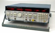 Rohde And Schwarz Synthesizer Swp 0.1...2500mhz 3196