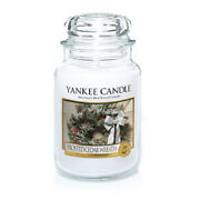 Yankee Candle - Frosted Cedar Wreath - 22 Oz - Great Christmas Scent - Rare