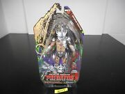 New Enforcer Predator Neca Action Figure 2014 Includes Extended Spear W-17