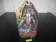 New Enforcer Predator Neca Action Figure 2014 Includes Extended Spear W-18