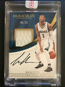 2016-17 Panini Immaculate Kris Dunn Sneaker Swatch Signatures Auto Card 1/25