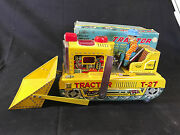 Old Vtg Rosko Tested Battery Powered Toy Tin Tractor With Shovel And Farmer Man