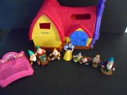 Fisher Price Little People Snow White And The Seven Dwarfs Musical Cottage Disney