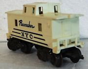 Marx Pacemaker 0-scale Caboose - New York Central - White