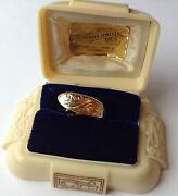 Vintage Solid 14k Yellow Gold Dome Etched Designed Ring Stunning