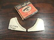 Nos Foxcraft 1966 Ford Fender Skirt Scuff Pads Sp40 66 R937