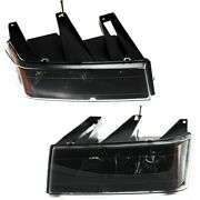 20766570 20766569 Gm2503234 Gm2502234 Headlight Lamp Left-and-right For Chevy