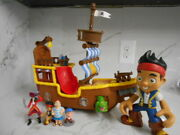 Disney Jake And The Neverland Pirates Large Ship With Lot Of Figures I.d.nn-6642