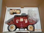 2017 Wf Wells Fargo And Company Stagecoach Ceramic Cookie Jar Collectible