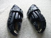 Game Used Eric Brewer Edmonton Oilers Eagle Hockey Gloves Great Condition