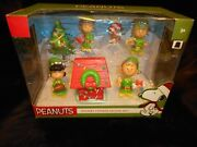 2015 Peanuts Charlie Brown Christmas Elves Elf 7 Pc Holiday Figures Play Set New