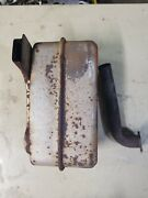 Nice Used John Deere Muffler Am138423 102 105 L108 L110 For Briggs And Stratton
