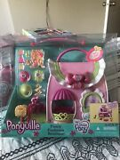 My Little Pony Ponyville Fancy Fashions Boutique Purse House Playset 2006