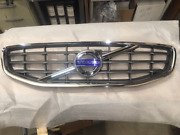 Genuine Volvo Grille Assembly 30795039