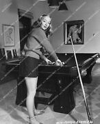 Crp-14466 1947 Beautiful Evelyn Keyes And Great Legs Racks Em Up On Pool Table At