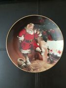 Edwin M. Knowles Santa By The Fire 1989 Collector's Plate Number 911a Nib