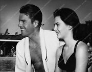 1902-27 Candid Shirtless Robert Wagner Natalie Wood A Day At The Pool 1902-27 19