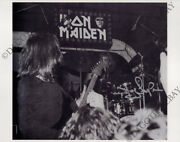 Iron Maiden 8x10 Photo 1978 Doug Sampson Drums Soundhouse Tapes Autograph Signed