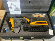 Huina R/c Fully Functional Die Cast Excavator Real Smoke Lights Sound Usa Seller