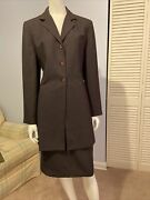 Beautiful Classic Vintage Women's Larry Levine Suits Brown Skirt And Blazer Size 8