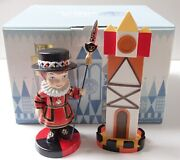 Wdcc Its A Small World England Figurine Set Tower And Royal Duty 40th Anniversary