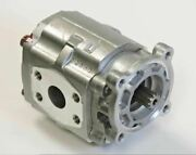 New Sba340451140 Hydraulic Pump - New, For New Holland Workmaster 45
