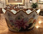 Outstanding Vintage Tobacco Leaf Monteith Oval Pottery Cachepot Unknown Maker
