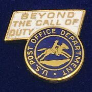 Us Post Office Beyond The Call Of Duty Service Award Gold Pin Usps Rare [p1]