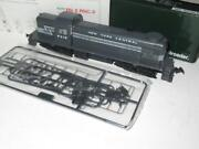 Ho Trains - Kato 37-2402- New York Central Alco Rs-2 Diesel Loco Cab 8219- New