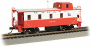 Bachmann Ho Scale 14002 Streamlined Caboose With Offset Cupola - Wabash 2824